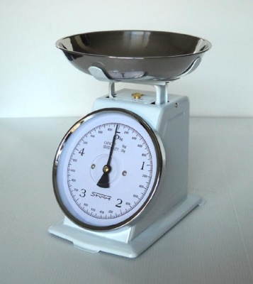 Kitchen scale 5 kg.